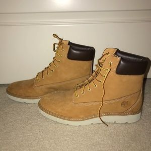 Kenniston 6 inch Lace Up Boot - NEVER WORN
